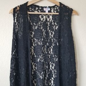 Lularoe black lace joy vest size small